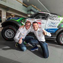 """V. Žala ir S. Jurgelėnas parodė naują Dakaro visureigį: kopas šturmuos su """"Mini"""""""
