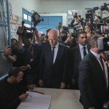 Akademikas K. Saiedas triuškinamai laimėjo Tuniso prezidento rinkimus