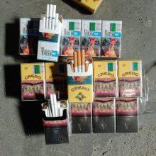 Muitininkų laimikis – beveik 1 mln. eurų vertės cigarečių kontrabandos