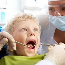 3 patarimai tėvams prieš pirmą vaiko vizitą pas odontologą