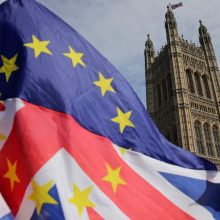 """ES planuoja dar kartą atidėti """"Brexit""""?"""