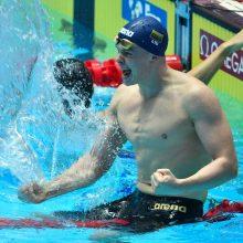 Plaukikas D. Rapšys Katare iškovojo pirmąjį aukso medalį