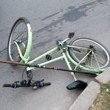 Trečdalis sužalotų pirmadienio eismo įvykiuose – dviratininkai