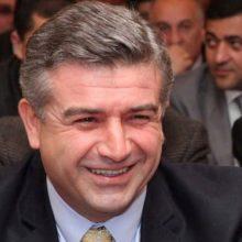 Armėnijos laikinasis premjeras atsisako derėtis su opozicijos protestų lyderiu