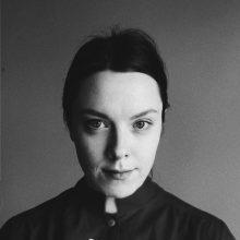 Jaunimo teatre premjerą pristatanti E. Švedkauskaitė: mane domina pašalinio pozicija