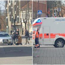 """Skaudi nelaimė S. Daukanto gatvėje: pėsčiųjų perėjoje """"Audi"""" kliudė moterį"""