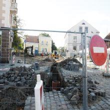 Dėmesio: Klaipėdos senamiestyje tvarkomi keliai