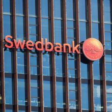 """B. Browderis Latvijoje pateikė skundą dėl """"Swedbank"""""""