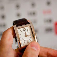 Laimingi laiko neskaičiuoja: vienas kaimelis nori atsisakyti laiko