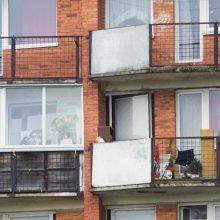 Nelaimės Vilniuje: savaitgalį iš balkonų iškrito du žmonės – vaikas ir vyras