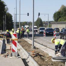 Vairuotojai keiksnoja remonto darbus: Liepų gatvėje – nesibaigiančios spūstys