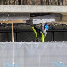 Skaudi nelaimė Klaipėdoje: betono laiptai užgriuvo darbininkus