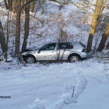 Girtuokliai – keliuose ir grioviuose: pareigūnams įkliuvo ne vienas neblaivus vairuotojas