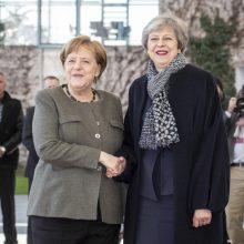 "JK ir Vokietijos lyderės Berlyne aptaria ""Brexit"""