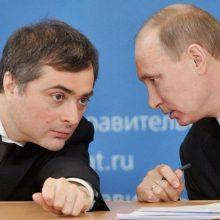 Rusijos politologas: V. Putino padėjėjas V. Surkovas paliko valstybės tarnybą