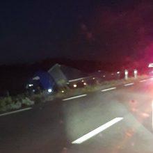 Po tragiškos avarijos Plungės rajone – girtų jos dalyvių panika