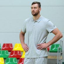 """Oficialu: D. Motiejūnas įtrauktas į """"Spurs"""" sudėtį"""