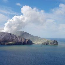 Kanaruose prasidėjus ugnikalnio išsiveržimui, Ispanijos premjeras atidėjo kelionę į JAV