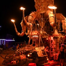 """Iš """"Burning Man"""" grįžęs J. Didžiulis: dykumos utopija – tarsi jodinėjimas vienaragiu"""