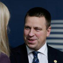 Estijos premjero lėktuvas dėl blogo oro negalėjo nusileisti Rygoje