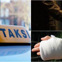Jonavos rajone sužalotas taksistas: vyrą užpuolė peiliu grasinęs keleivis