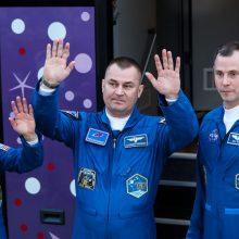 Nepavykusio skrydžio į kosmosą įgula šįkart sėkmingai pasiekė TKS