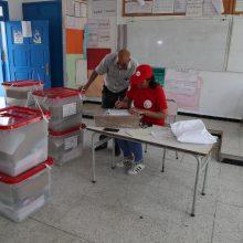 Tunise baigėsi balsavimas pirmalaikiuose prezidento rinkimuose