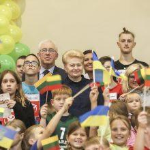 """D. Grybauskaitė davė startą """"Solidarumo bėgimui"""": padėti gali kiekvienas"""