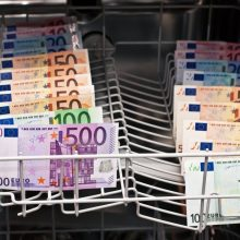 Latvijos banko vadovui pateikti kaltinimai dėl pinigų plovimo
