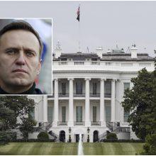 Baltieji rūmai: JAV rengia papildomas sankcijas pagal A. Navalno bylą