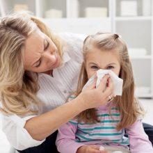 Peršalimui jautriausi vaikai: kokias klaidas dažnas darome juos gydant?