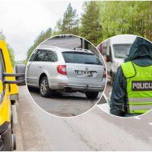 Domeikavoje siautėjo sunkiai apgirtusi vairuotoja: sukėlė avariją ir pasišalino iš įvykio vietos