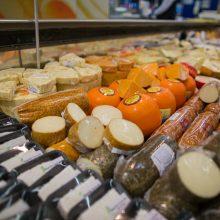 Kokius sūrius renkasi lietuviai?