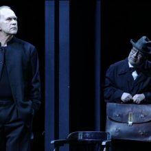 Teatras, gydantis sielos žaizdas