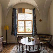 Ramybė: norintiems pasišnekėti su vienuoliais įrengtos jaukios patalpos.
