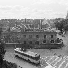 Istorija: 1975-ieji, pastatas Rotušės a. 1.