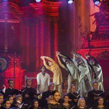"""Šokio festivalis """"Aura 29"""" prasidės Mišiomis: bažnyčia – kaip scenografija"""