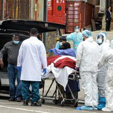 Europoje mirčių nuo koronaviruso skaičius perkopė 30 tūkst.