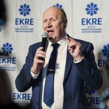 Estijos opozicija reikalauja atleisti NATO suabejojusį vidaus reikalų ministrą