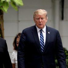 Pchenjanas smerkia Seulą dėl kišimosi į derybas su JAV