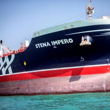 Iranas užbaigė teisinį procesą: paleidžia sulaikytą Švedijos tanklaivį