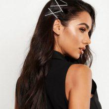 Tendencija: plaukų aksesuarai naudojami ne po vieną, o iš karto po kelis, tarpusavyje derinamos skirtingos puošmenos.