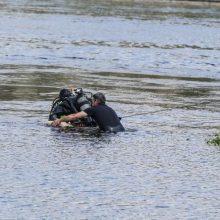 Nelaimė Šiauliuose: iš ežero ištrauktas moters kūnas