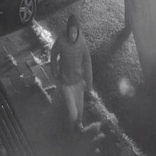 Šiaulių policija ieško vaizdo kameromis užfiksuoto vyro (gal atpažįstate?)