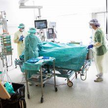 Austrijoje COVID-19 pacientei sėkmingai persodinti plaučiai