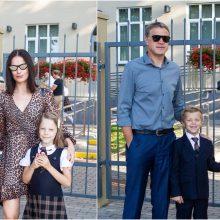 Oficiali mokslo metų pradžia: garsūs tėvai savo atžalas lydėjo į mokyklą