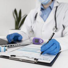 A. Veryga apie kai kurių medikų nenorą dirbti su COVID-19 ligoniais: ką jie veikia medicinoje?