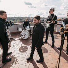 """Populiariausios """"The Beatles"""" dainos skambės ant Vilniaus stogų"""