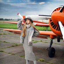 Šilta: pasiruošusios skrydžiui į vėsų rudenį ir šaltą žiemą. Nuostabiosios keleivės – JurArt's fotomodeliai.