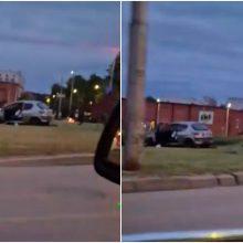 Netoli Kauno pilies – eismo nelaimė: vairuotojas pasišalino iš įvykio vietos